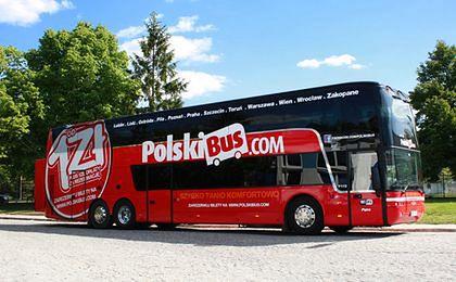 PolskiBus.com wprowadza zniżki ustawowe. Ale nie dla wszystkich