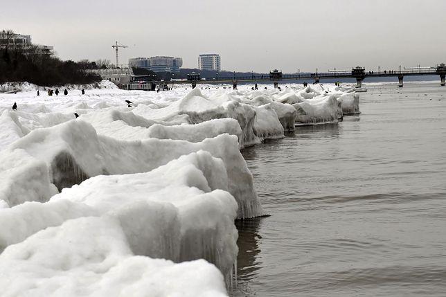 Tak w niedzielę, 14 lutego wyglądała plaża w Międzyzdrojach