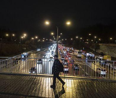 Trasa Łazienkowska, widok w stronę Pragi.