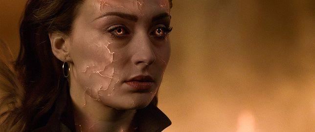 Sophie Turner jako Jean Grey/Mroczna Phoenix