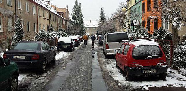 Masowe wezwanie na policję. 28 mieszkańców jednej ulicy Gdańska z mandatami