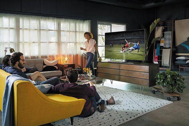 Telewizor Samsung QLED z serii Q7F dzięki wysokiej jakości obrazowi 4K UHD wyzwala największe piłkarskie emocje.