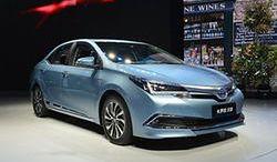 Toyota prezentuje nowe hybrydy na salonie motoryzacyjnym w Szanghaju