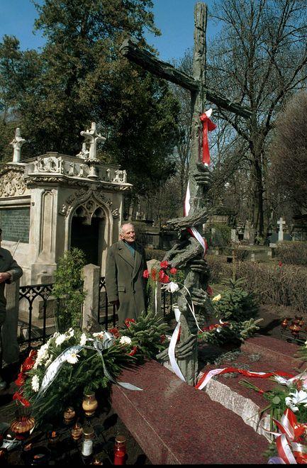 Odsłonięcie Pomnika Ofiar Komunizmu w Krakowie.