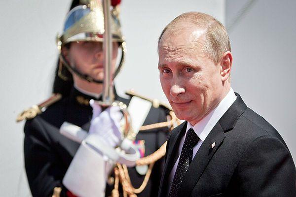 """Prasa w Niemczech: Europa grozi i nic nie robi ws. Ukrainy i Rosji. """"Śmieszna postawa Francji"""""""