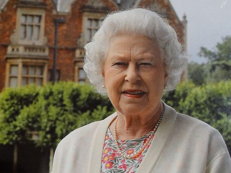 Poranek królowej. Ujawnili zwyczaje Elżbiety