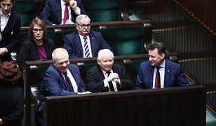 Partia Jarosław Kaczyńskiego nadal jest liderem sondaży