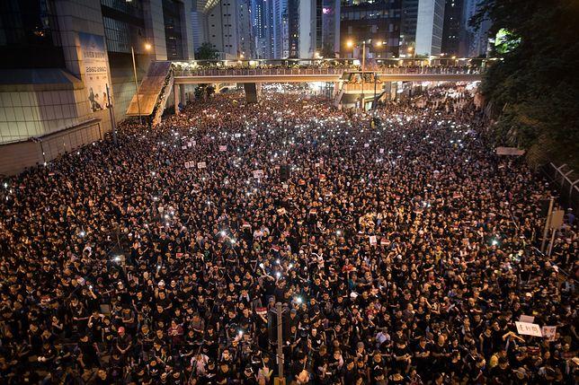 Dwa miliony Chińczyków przeciwko zakusom Pekinu. Mogą przegrać