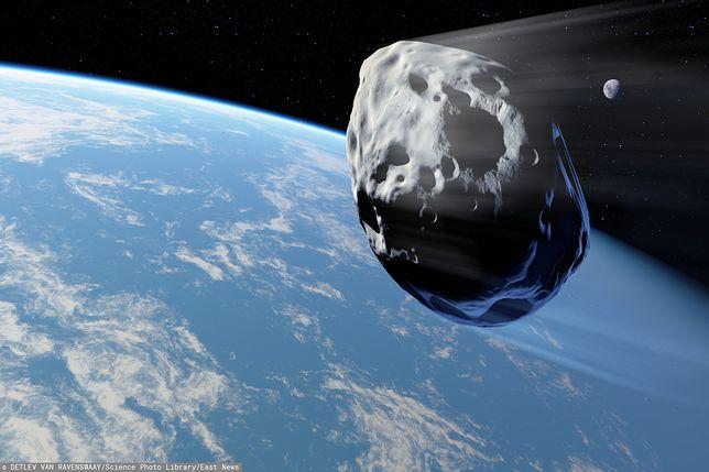 Koniec świata 2019? W kierunku Ziemi leci asteroida. Będzie bliżej niż Księżyc