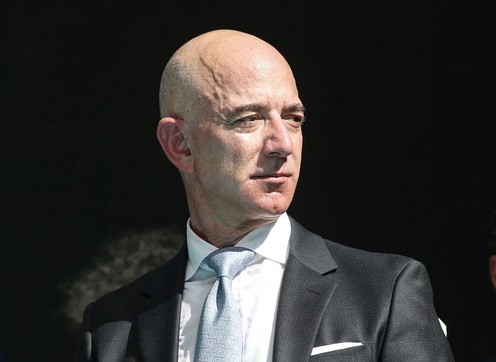Jeff Bezos leci w kosmos. Pierwszy załogowy lot Blue Origin