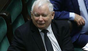 Jarosław Kaczyński przyłapany bez maseczki