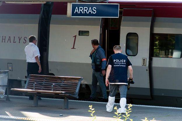 Uzbrojony napastnik w pociągu Thalys. Trzy osoby ranne