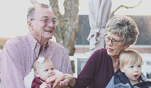 Dzień Babci i Dziadka, 21 i 22 stycznia. Życzenia dla seniorów. Nie zapomnij złożyć