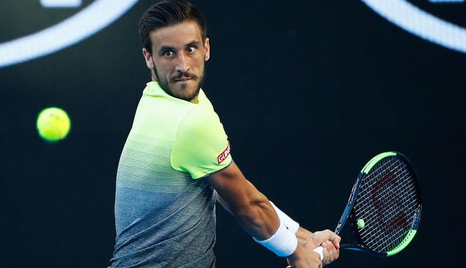 ac30913ee57 ATP Marsylia  Damir Dzumhur obronił cztery meczbole. Felix Auger ...