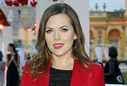 Ola Kwaśniewska opublikowała zdjęcie z rodzinnego albumu. Jolanta Kwaśniewska nosiła ją w koszyku
