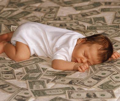 """""""Byliśmy w szoku, jak wiele możemy dostać"""" Ponad 2,5 tys.zł na start po narodzeniu dziecka"""
