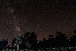 Noc spadających gwiazd 2020. Te świecące smugi to Perseidy
