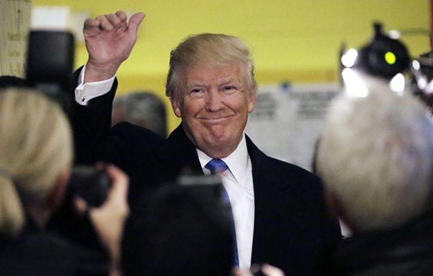 Donald Trump prezydentem. Adrian Zandberg w #dziejesienazywo: miliarder założył czapkę i udaje kierowcę z Wisconsin