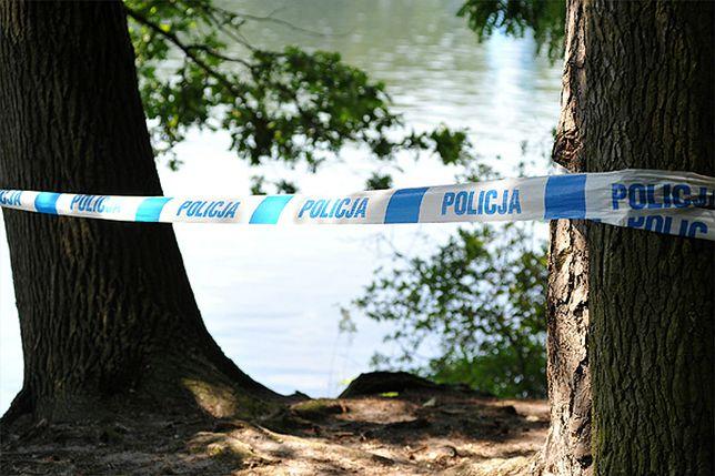 Plaża w Sztumie. W wodzie znaleziono granat