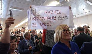 """Joanna Kopcińska o incydencie w Gdańsku. """"Bojówki próbują zakłócić nasze rozmowy z Polakami"""""""