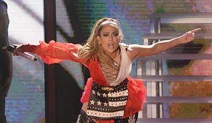 Jennifer Lopez często zaskakuje swoimi stylizacjami podczas koncertów