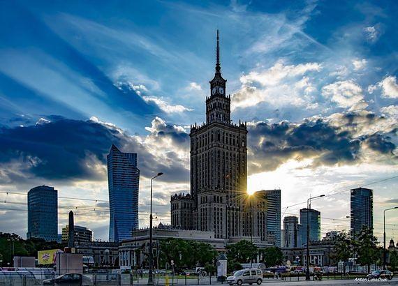 Ranking najbardziej przyjaznych miast do życia. Warszawa zaskakuje