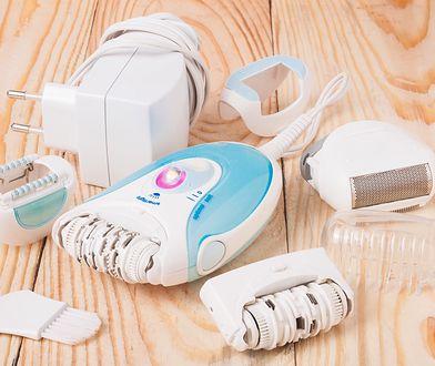 Depilator elektryczny to urządzenie, które wyposażone jest w ostrza wyrywające włoski wraz z cebulkami.