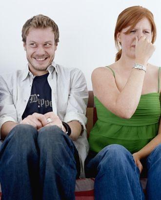 Zestresowany mężczyzna odpycha kobiety... zapachem