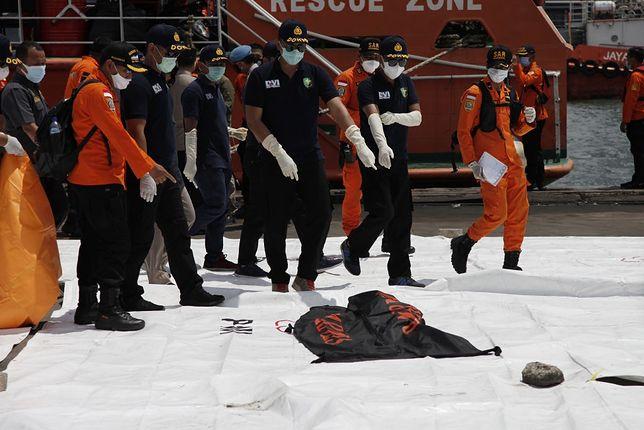 Indonezja. Katastrofa lotnicza samolotu Boeing 737-524 linii Sriwijaya Air