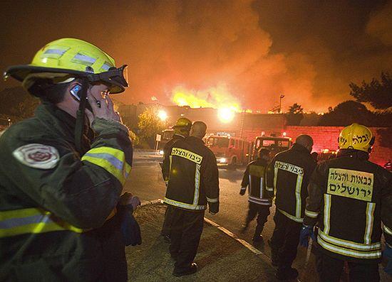 Największy pożar w historii Izraela, rząd prosi o pomoc