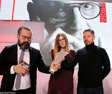 Autorzy kontrowersyjnego filmu o polskich neonazistach. Piotr Wacowski pierwszy z prawej.