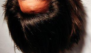 Do przyciemnienia włosów wykorzystaj zioła, kawę albo orzechy włoskie