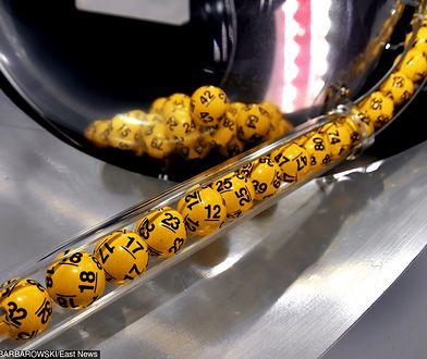 Jakie numery tym razem wybrała maszyna losująca?