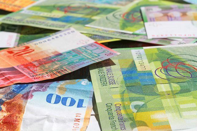 W krótkim czasie frank podrożał o 10 gr