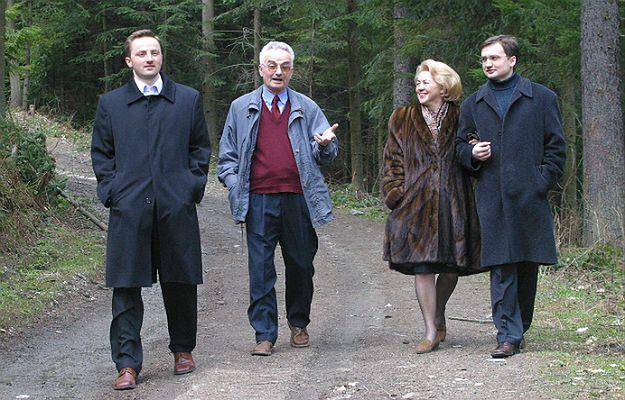 Krystyna i Jerzy Ziobrowie z synami Witoldem i Zbigniewem w Krynicy w 2004 roku