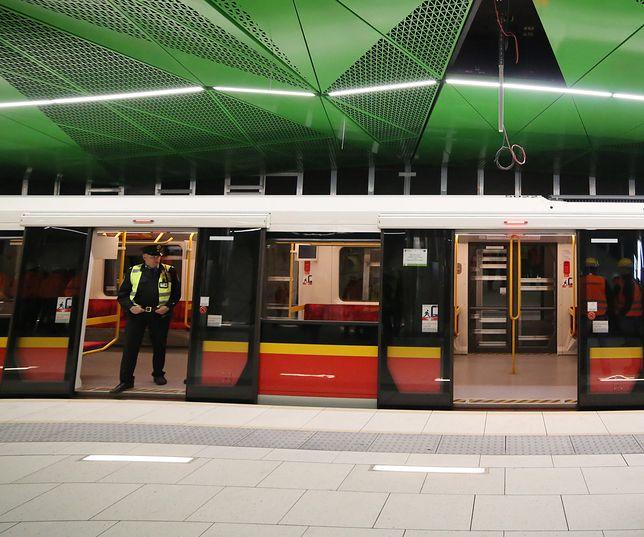 Warszawa. Stacja II linii metra Księcia Janusza.
