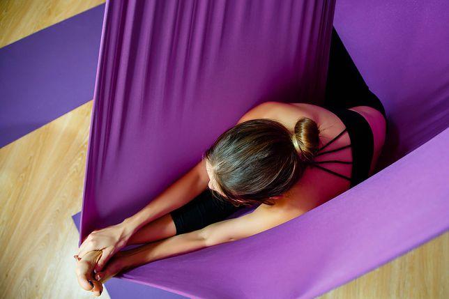 Aerial joga to gimnastyka w powietrzu