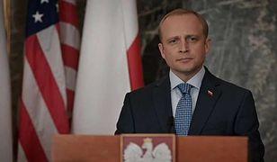 """Piotr Adamczyk w serialu """"Madam Secretary"""""""