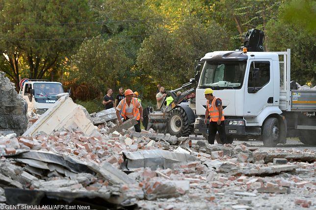 Albania. Trzęsienie ziemi i szkody w Tiranie.