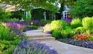Piękny ogród przydomowy - najnowsze trendy. Zdjęcia