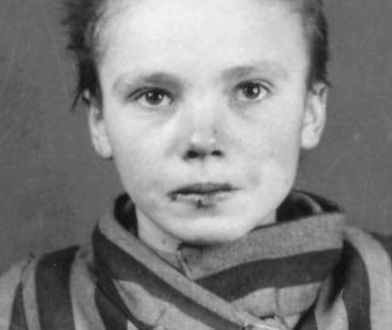 Międzynarodowy Dzień Pamięci o Ofiarach Holokaustu. Jej zdjęcia zna cały świat, nie wolno o niej zapomnieć