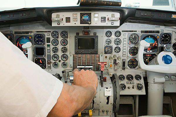 Szokujący raport: brytyjscy piloci śpią za sterami