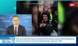 Strajk kobiet przed MEN. Burza po zatrzymaniu dziennikarki. Cezary Tomczyk: zarzut jest kuriozalny