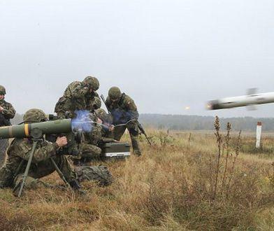 Amerykańscy żołnierze odpalają Spike'a podczas ćwiczeń w Polsce
