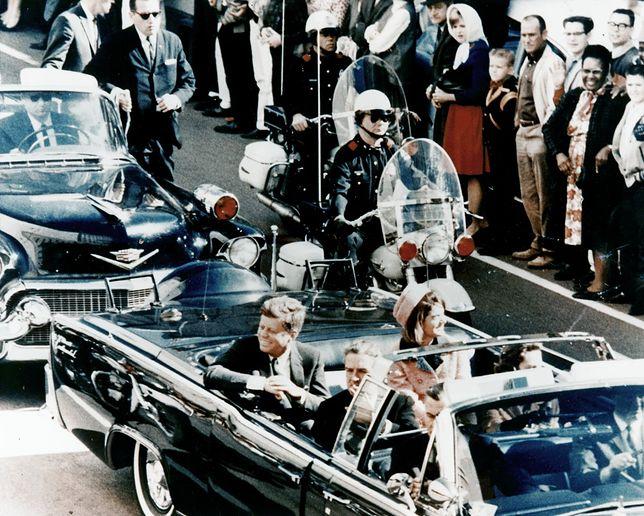 John F. Kennedy w dniu zamachu