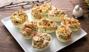 Jaja faszerowane rybą wedzoną