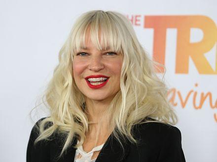 Sia chce zaśpiewać piosenkę dla Bonda