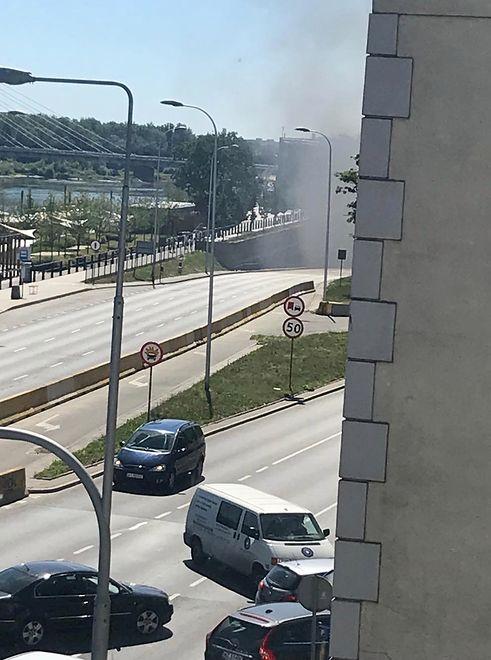 Pożar samochodu na Wisłostradzie