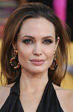Angelinie Jolie grożono śmiercią