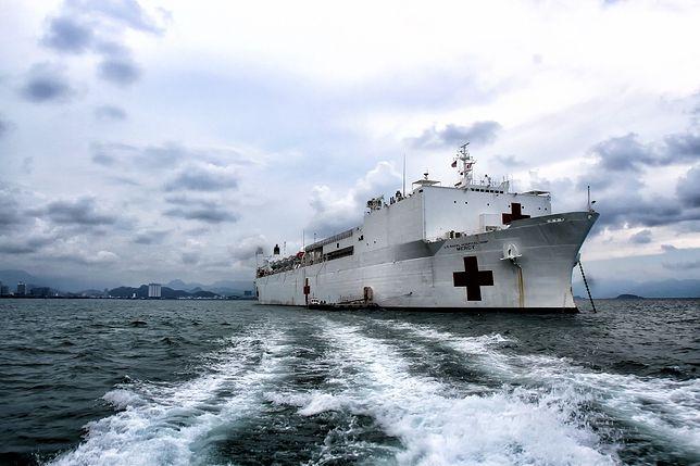 Pływające szpitale pomogą USA wygrać walkę z pandemią koronawirusa